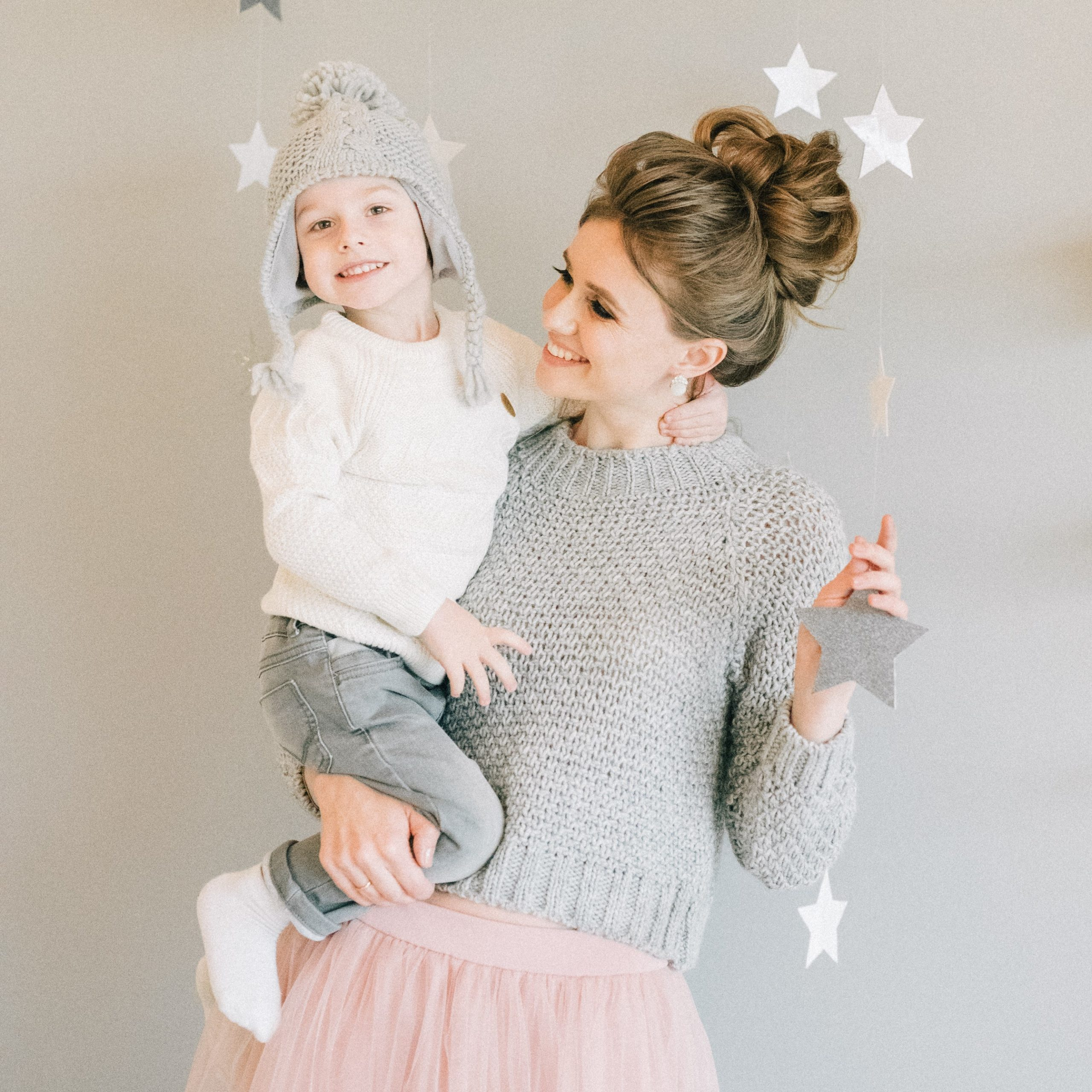 woman with her little girl